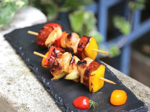 Brochettes de poulet et chorizo à la Plancha @Marmiton
