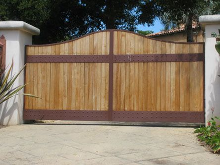 1000 Ideas About Metal Driveway Gates On Pinterest