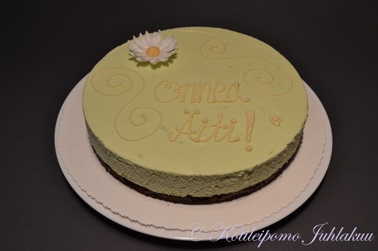 Lime and white chocolate cheesecake for Mother's Day - including a recipe!