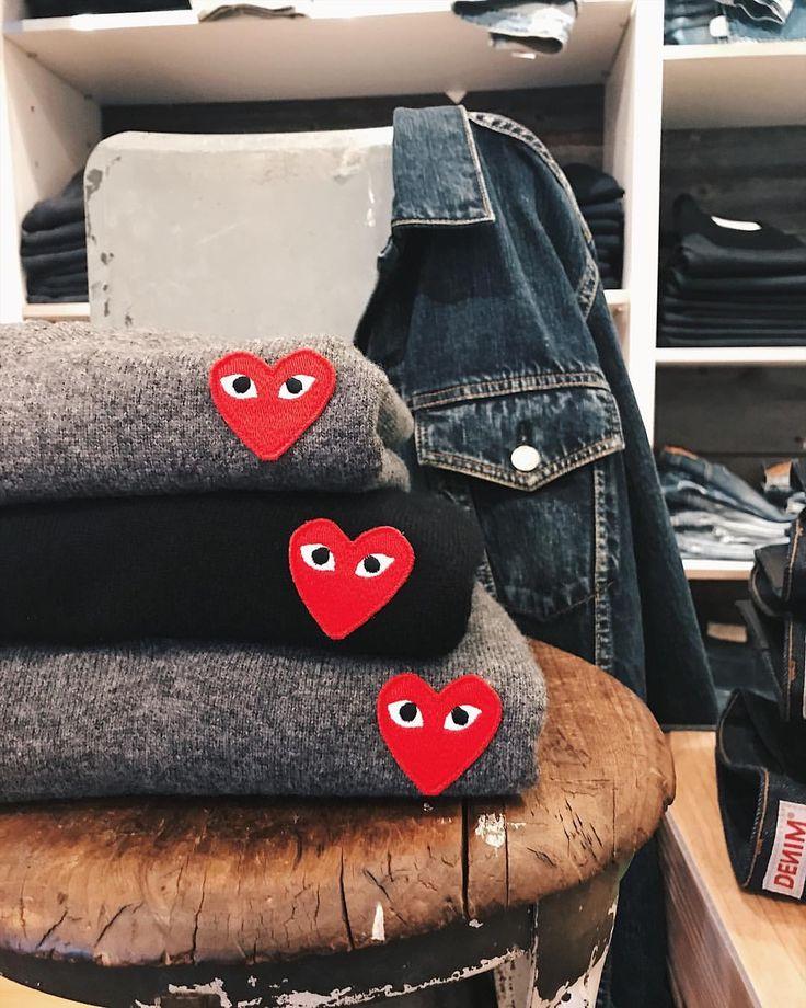 いいね!6,721件、コメント8件 ― Ron Hermanさん(@ronhermanstore)のInstagramアカウント: 「❤️🖤❤️Comme des Garçons Play both men's and women's styles in our Melrose store. #commedesgarcons…」