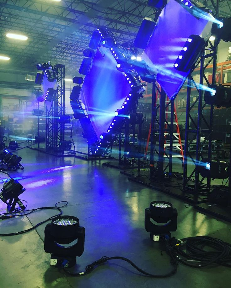Prepping the Carly Rae Jepsen tour at LMG Touring Nashville!!! Providing Lighting including GrandMA2 consoles, Robe CycFX4 , Ayrton Magic Dots, Martin Auras & Elarion Snipers. #lmgtouring #grandma2 #brightnessblog #elation #setdesign #productiondesign #lightingdesign #lightingdesigner #ayrton #magicdot #robe #robelighting