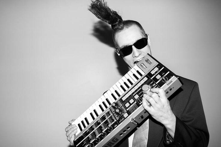 Musician/Producer branding portrait black and white in studio
