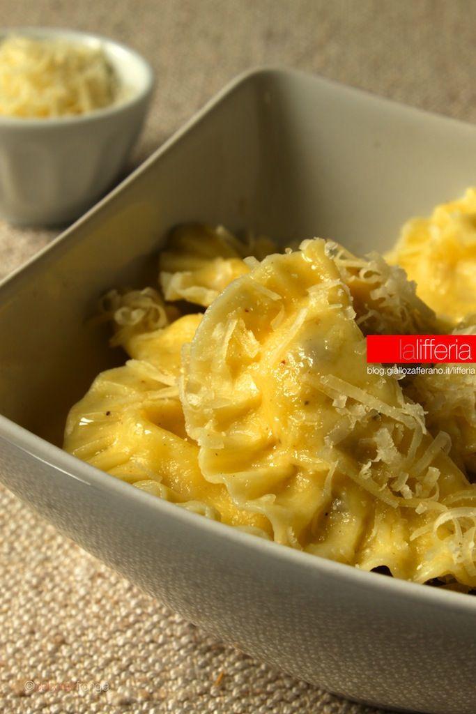 Mezzelune ai funghi e patate
