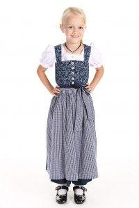 Ein traditionelles #Kinderdirndl von Hammerschmid mit Bluse und Schürze für viele Feste und Feiern. Zu finden im #Trachtenmode Onlineshop unter http://www.alpen-best-shop.de/