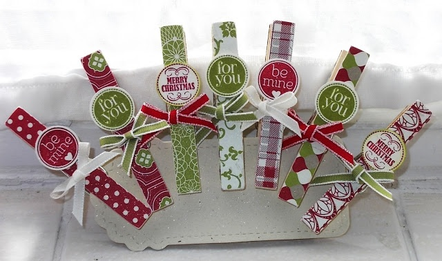 Merry Medley and Festival of Prints on wooden clothes pins - quick and cute!