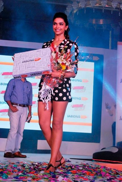 Deepika LOVES Jabong.com! — at Four Seasons Mumbai.