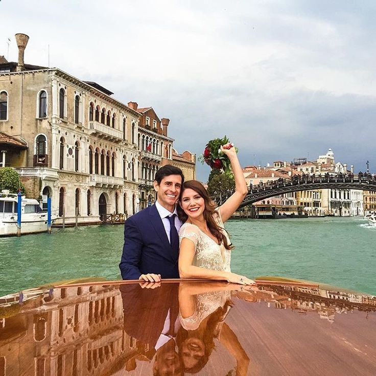 Yes we're already married, but we said I DO all over again in Venezia on 5/14/16 ❤️🍾🌹 We wanted to solidify our marriage by getting married in the eyes of God, at the Catholic Church of Santa Maria dei Miracoli 🙏🏻👼🏼 #5yearanniversary #venezia #venicewedding #bestfriend #romance #intimatewedding #ido #alinabernie2.0 💋 @letiziacordellamakeup 💄