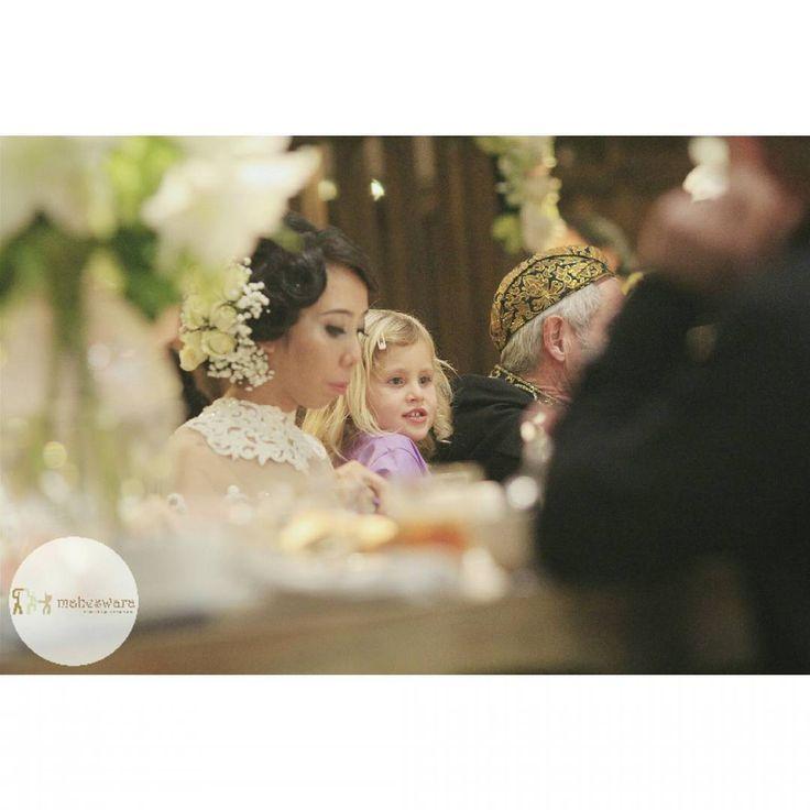 Wedding with Maheswara  #weddingphoto #fotowedding #weddingphotography #brides #fotograferwedding #wo #akadnikah #candid #weddingday #mahligai #maheswara #capturingmoments #bridal #weddingorganizer #fotograferjakarta #weddingplanner #weddingphotographer #thebridestory #thebridedept #junebugweddings #smpwedding #signatureweddings #signatureweddingasia #theweddingscope