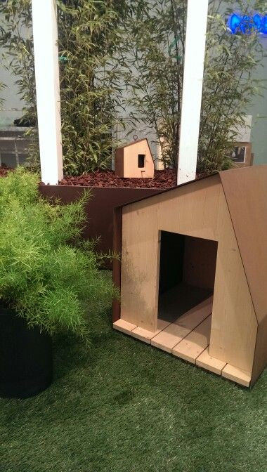 Little houses for dogs and birds at #Cersaie 2014 #bologna