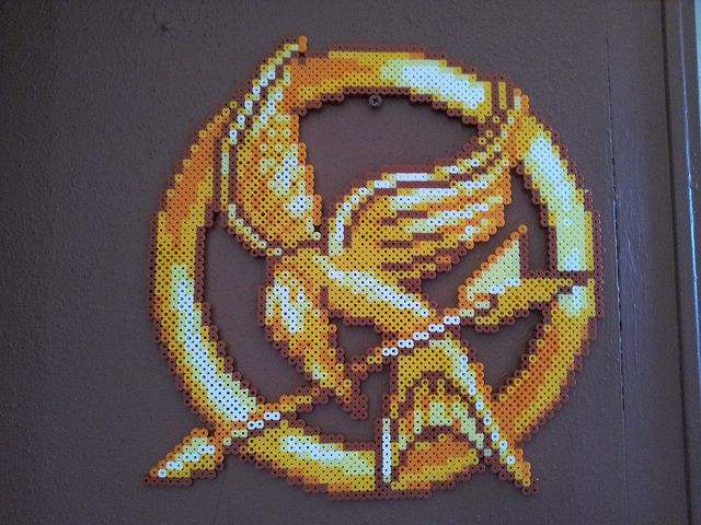 Hunger Games Mockingjay perler bead sprite by SushiMarioBros - use as cross stitch pattern!