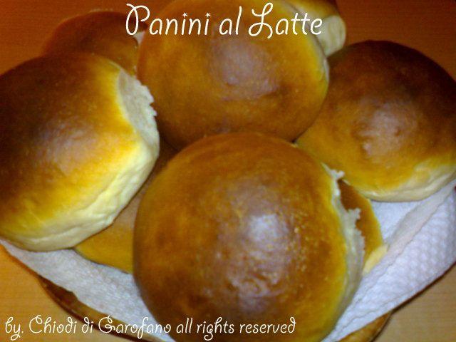 Panini al Latte http://blog.giallozafferano.it/chiodidigarofano/panini-latte