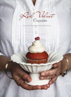 Cupcake Red velvet: bellissimi, buonissimi, sofficissimi, e con un colorante di origine vegetale. L'ideale per vestire a festa il momento del dessert #waitingforchristmas