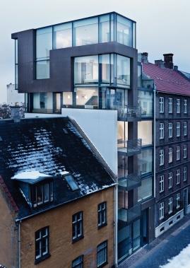 Infill Stokhusgade by Danish architects Nils Holscher & Mikkel Nordberg for Holscher Arkitekter at Stokhusgade 4b, Copenhagen, Denmark, 2006-2007