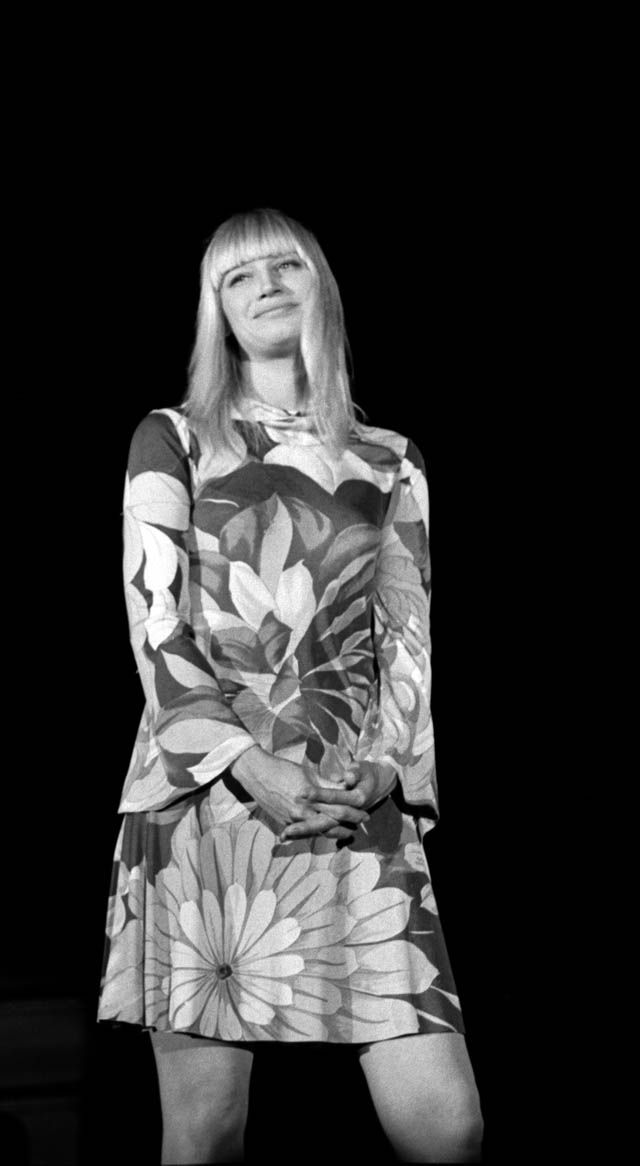 Mary Travers of Peter, Paul and Mary -- LOVE the dress.