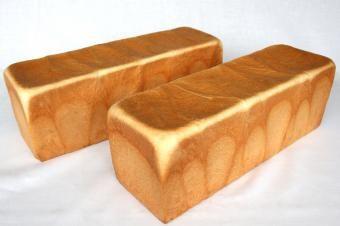 プロのパン製法詳細 - 中種法食パン|おいしいパンの百科事典