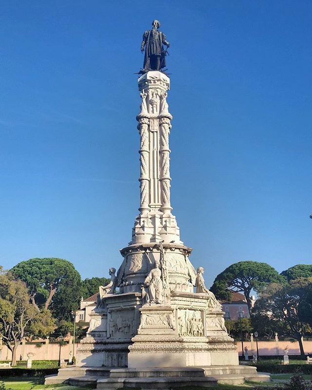 Statue of Afonso de Albuquerque, second Vice-Roy and Governor of the Portuguese India (1453 - 1515) in Belém / Estátua de Afonso de Albuquerque, segundo Vice-Rei e Governador da Índia Portuguesa (1453 - 1515), em Belém  #lisboa #lisbon #lisbonne #lisbona #lissabon #portugal #belém #afonsodealbuquerque #statue #estátua #cityview #citywalk #walkingtour #travel #vistadacidade #passeionacidade #passeioapé #viagem #nofilter #morelisbonwalkingtours
