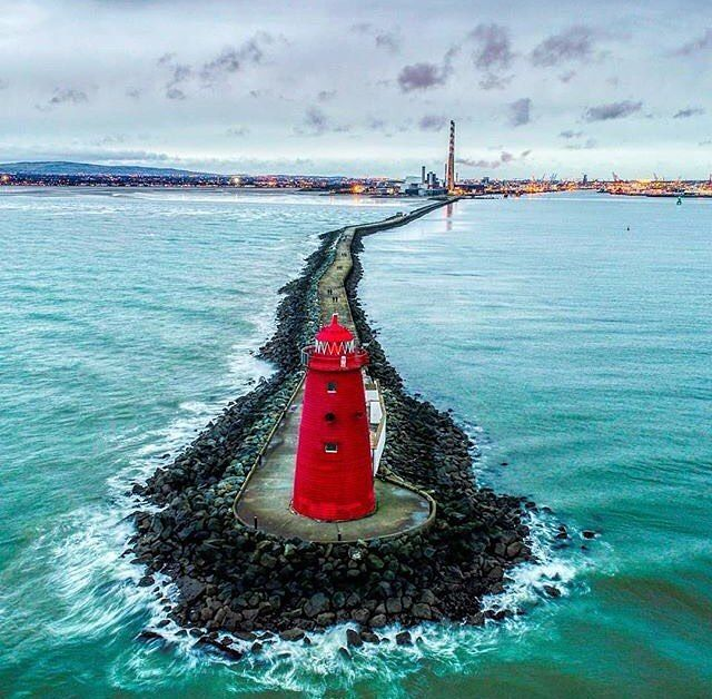 A touch of colour to brighten up your Monday - Poolbeg Lighthouse in Dublin. :@dublincityshots…""