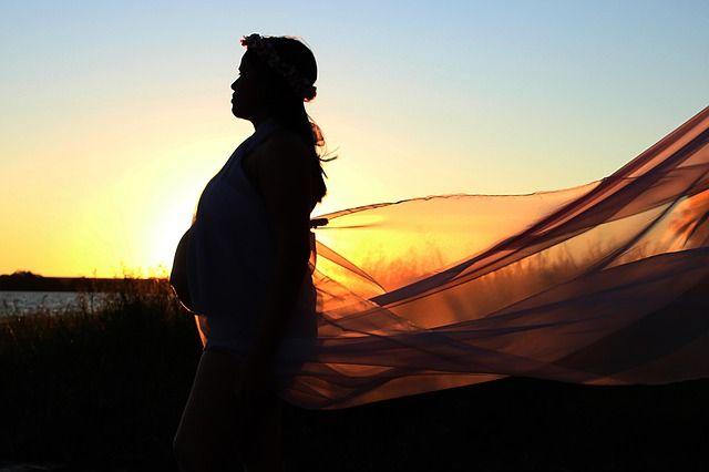 30 semanas de embarazo: El bebé saborea lo dulce - https://www.somosmamas.com.ar/embarazo/30-semanas-de-embarazo/ ¡Qué emoción! Cada vez falta menos tiempo para que conozcas a tu bebé y es probable que estés muy emocionada y ansiosa porque ya tu bebé está próximo a nacer. Ya llegaste a tus 30 semanas de embarazo, por lo que es ideal que termines de dejar todo listo para la llegada de tu bebé, te cerciores... somosmamas.com.ar