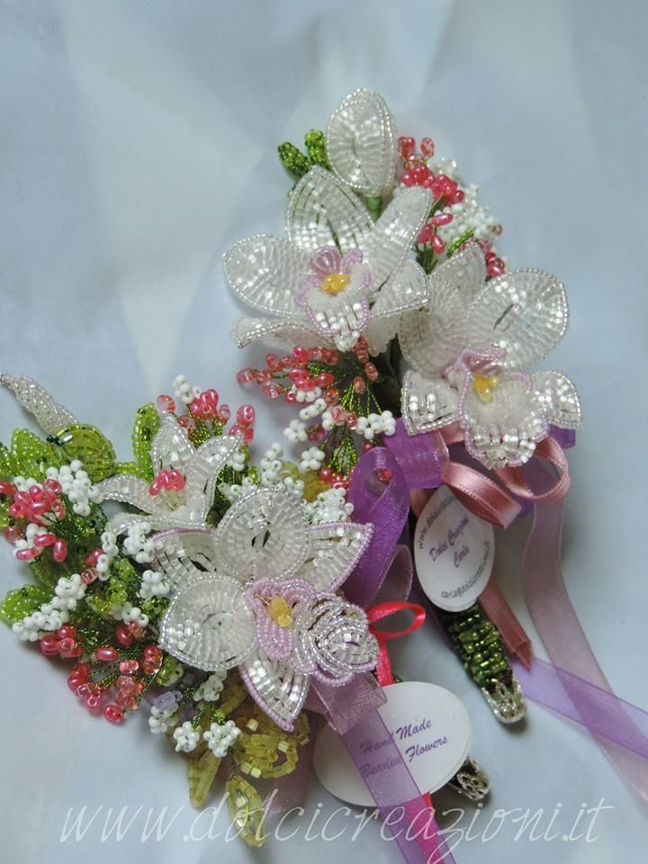 Fiori di perline - Beaded Flowers - Orchidea - orchid  http://www.dolcicreazioni.it/dc/orchidea-fiori-di-perline-beaded-orchid2.htm