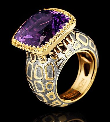 MOUSSON ATELIER Yellow gold 750, Black gold 750, Amethyst 13,03 ct., Yellow sapphires