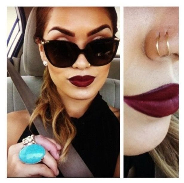 Double nose ring; LOVE THIS! Finna get this done next week to my right side.