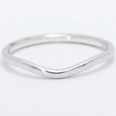 1.5mm Curved Plain Wedding Band 14k White Gold