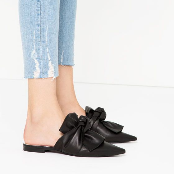 ZARA - WOMAN - LEATHER SLIDES WITH BOW $89.90