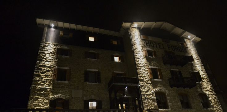 HotelPordoi by night new look