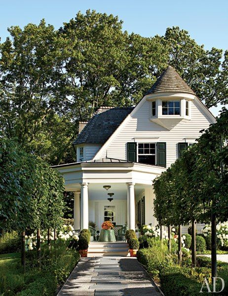 Miles Redd Decorates a Connecticut Home : Interiors + Inspiration : Architectural DigestArchitectural Digest, Outdoor Living, Knights Architecture, Boxwood Hedge, Traditional Exterior, Pleached Linden, Curb Appeal, Miles Redd, Architecture Digest