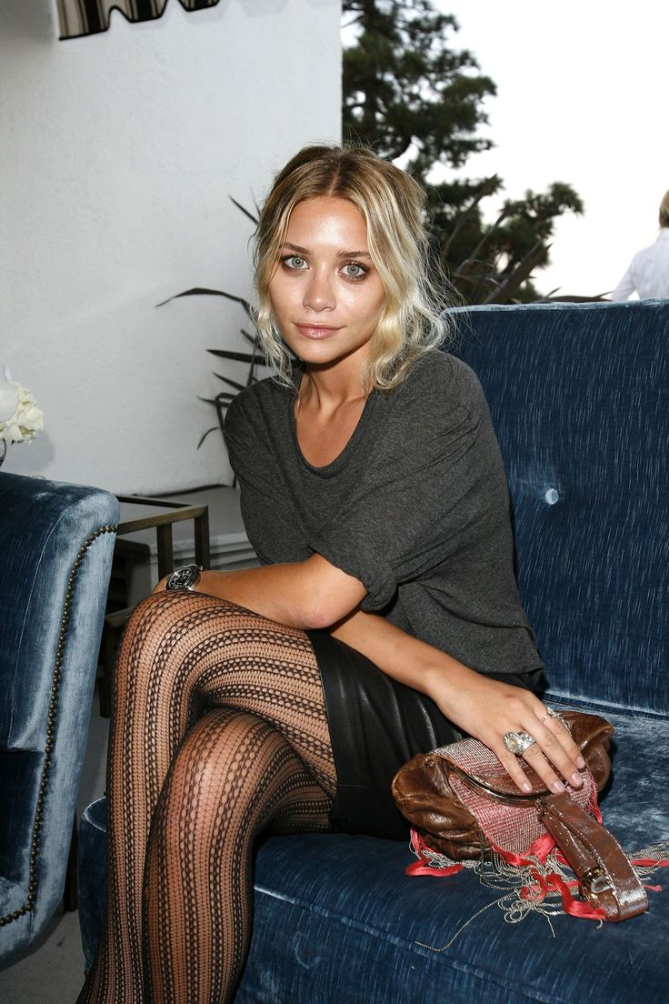 As much as I can't stand twigs, Olden twins have style.Textured tights are dead on. Not too heavy not too sheer.