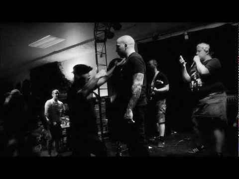 Légitime violence - Légitime violence (Ignore the hardcore pornography in the beginning. One of the best modern Oi!-bands!)