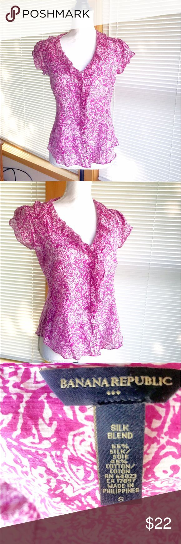 Banana Republic sheer short sleeve top size small Banana Republic sheer short sleeve top, size small. Pink and white pattern, with flutter sleeves, ruffled neckline and button up closure Banana Republic Tops