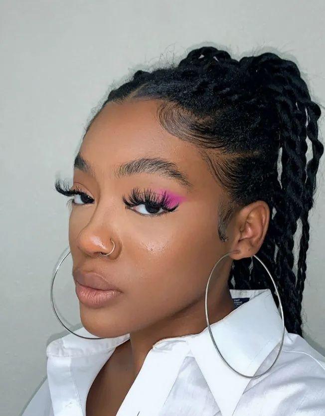 8 Tik Tok Makeup Trends To Try Society19 Makeup Trends Face Makeup Routine Freckles Makeup