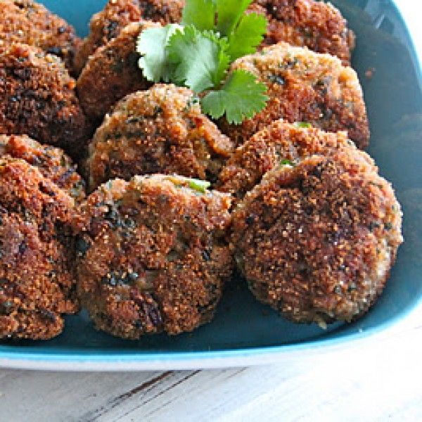 Dette er bare digg! Kyllingkaker med masse smak. En liten snack før middag eller kanskje en lett lunsj. Vil du...