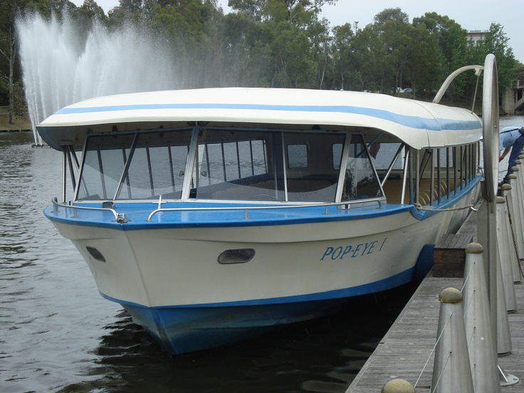 the Popeye river boat tour • River Torrens • Adelaide city icon • South Australia • Adelaide's icons