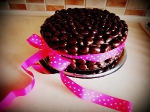 Narodeninová čokoládová torta