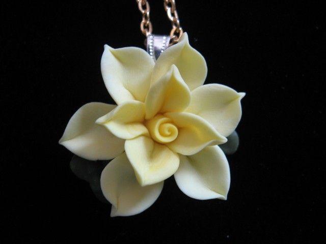 como hacer una cherry blossom en porcelana fria - Buscar con Google