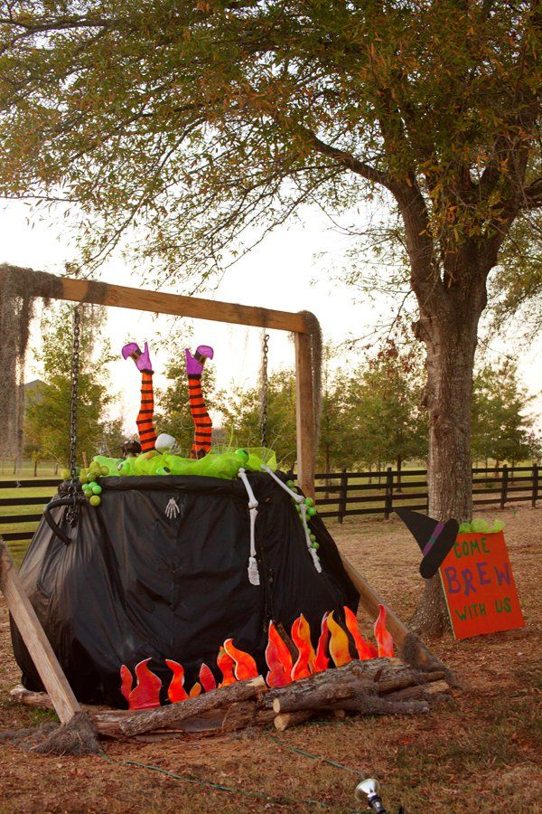 56 best hay bale ideas images on pinterest hay bales for Bales of hay for decoration