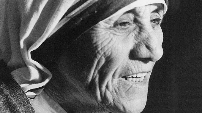 """What can you do to promote world peace? Go home and love your family."" - Mother Teresa 