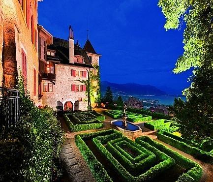 Le Château de Chardonne au-dessus de Vevey
