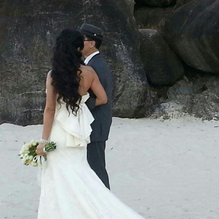 Our gorgeous couple Satoko&Sid at Froggy Beach. Such an elegant wedding dress, I absolutely loved it! Beautiful people! #breezeweddings #wedding #froggy #froggie #beach #coolangatta #dress #open #back #ruffles #on #the #back #australia #musthaveweddingphotos #свадьба #на #пляже #австралия #свадебное #платье #открытая #спина #оборки #на #спине
