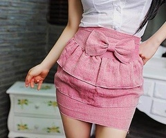 rosy pink bow front tiered/ruffle highwaisted skirt. i would like to have this please.
