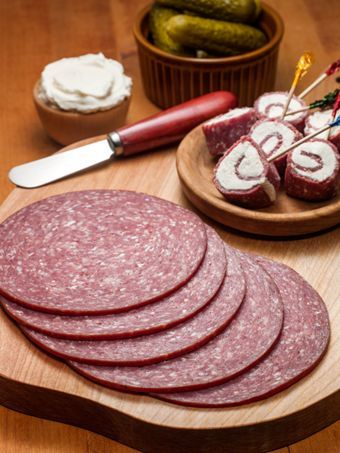 Sweet Lebanon Bologna   MSG and Gluten Free Yum my Granny always had this when I was coming up