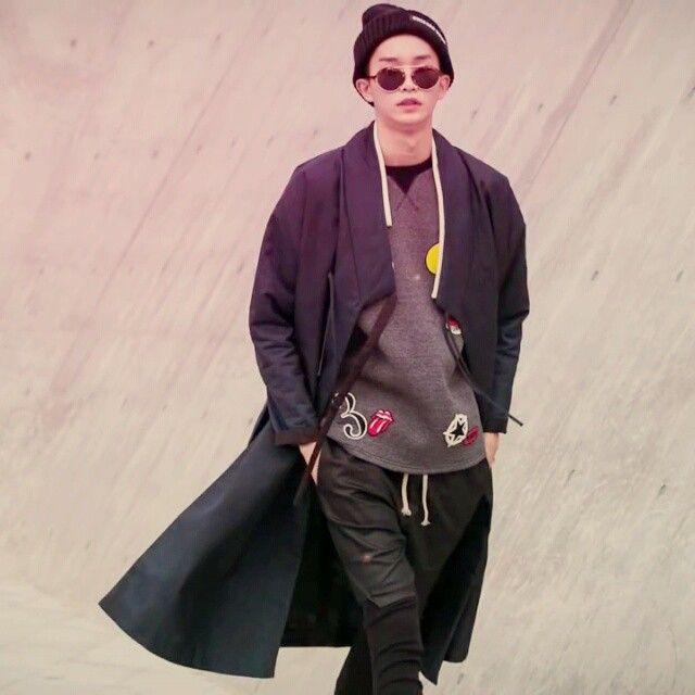 #한복의날#한복진흥센터#패션쇼#2014 Korean hanbok designer Cho Young-ki. #photo#artist#art#fashionshow#Korea#hanbok#designer#trend#fashionista#traditional#clothes#ss#fw#model#unisex#천의무봉#생활한복#조영기#디자이너#모델#한복#남자한복#일상#전통#신한복#해밀