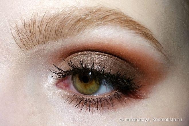 Теплые smoky eyes от Anastasia Beverly Hills