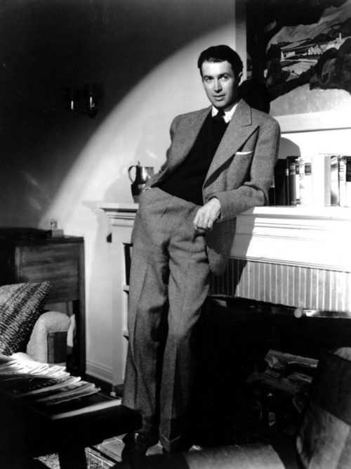There's a statue of Jimmy Stewart in the Hollywood Wax Museum, and the statue talks better than he does. -Dean Martin