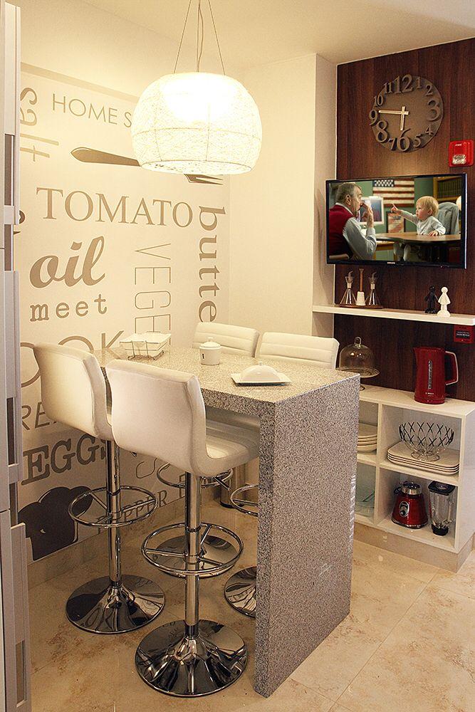 Dinning kitchen area. Comedor de diario en cocina