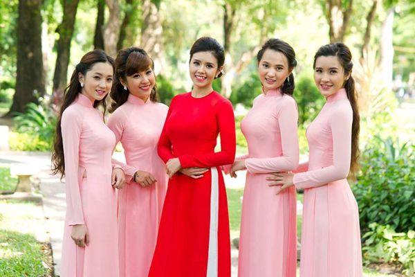 blush pink bridesmaid ao dai