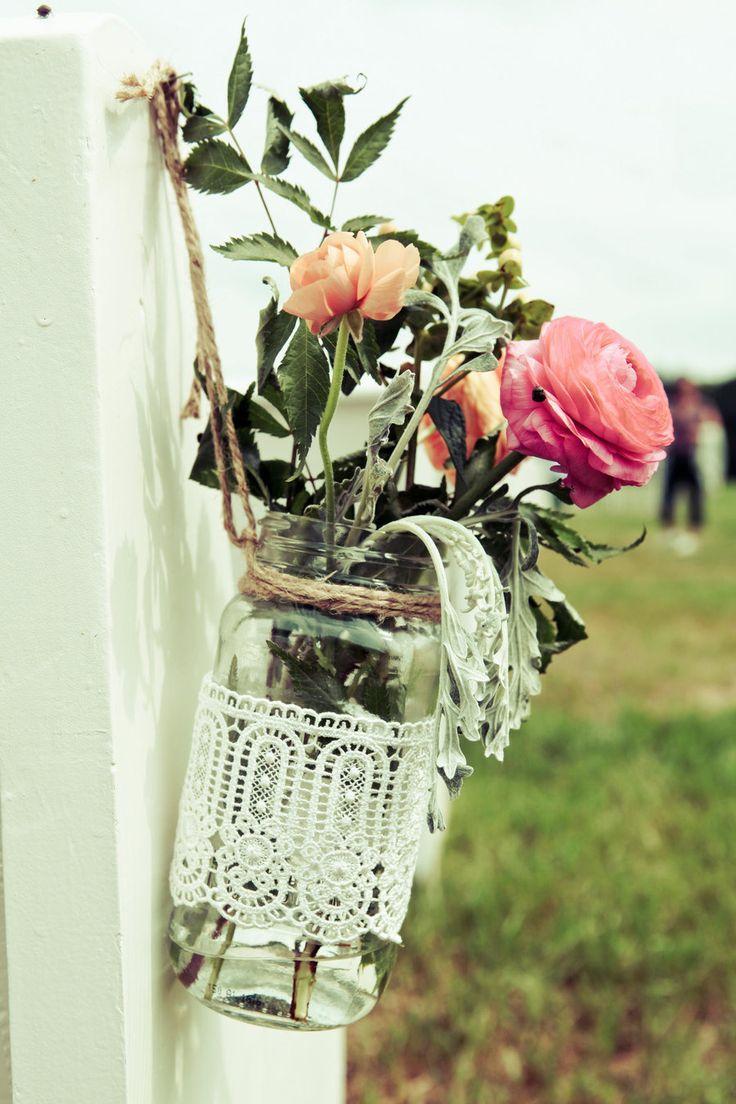 Hanging lace vase