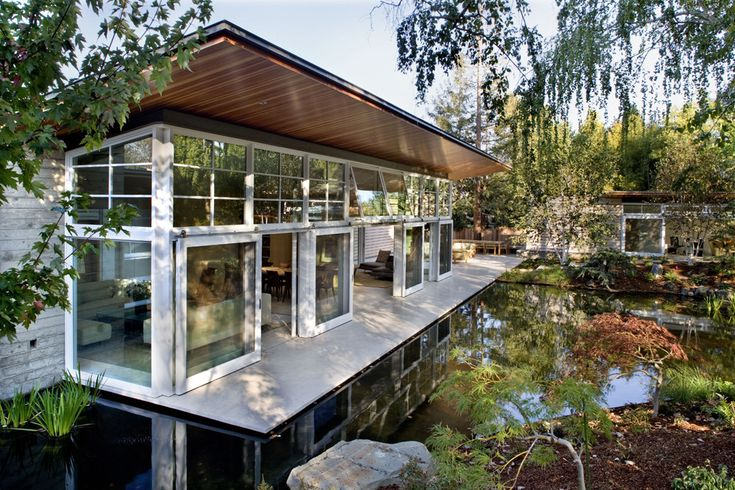 Built by Turnbull Griffin Haesloop in Atherton, United States